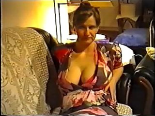 wife flashing big titties in a bra
