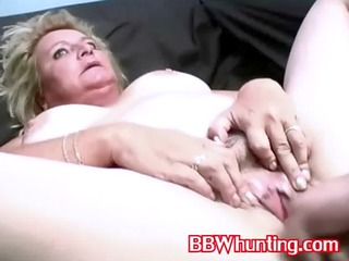 mature bbw chick gives