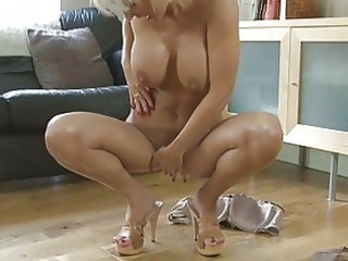 sensual blond momma with big milk shakes in heels