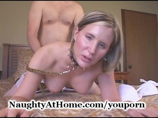 wife copulates her dom