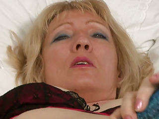 granny in fully fashioned nylon stockings fingers