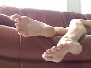 feet & toes