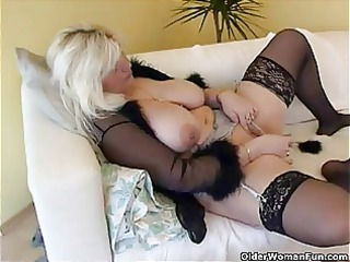 chubby housewife in stockings plays with new sex