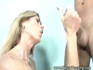 dirty blonde mother i has her hands ful