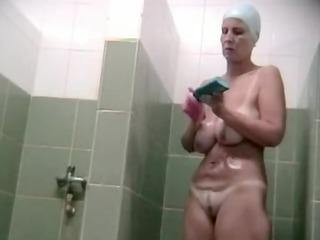 hidden voyeur spy camera mature mamma spied in