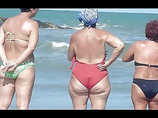 older beach bootys