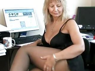 secretary housewife fingering her aged wet crack
