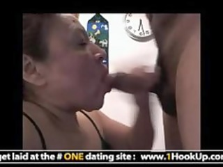 latin mature hookup gets her mouth screwed