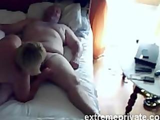 voyeuring mommy engulfing cock neighbor