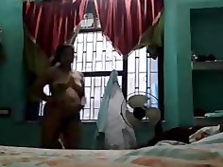 indian aunty megha rani showing her hot body