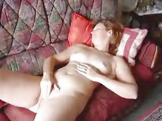 angie(711) masturbating and cumming 2 times