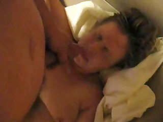 aged wife doesnt like the cum facial she is gets!