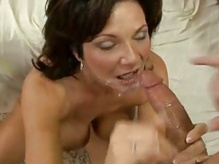 horny mother i deauxma gets a fresh load of cum